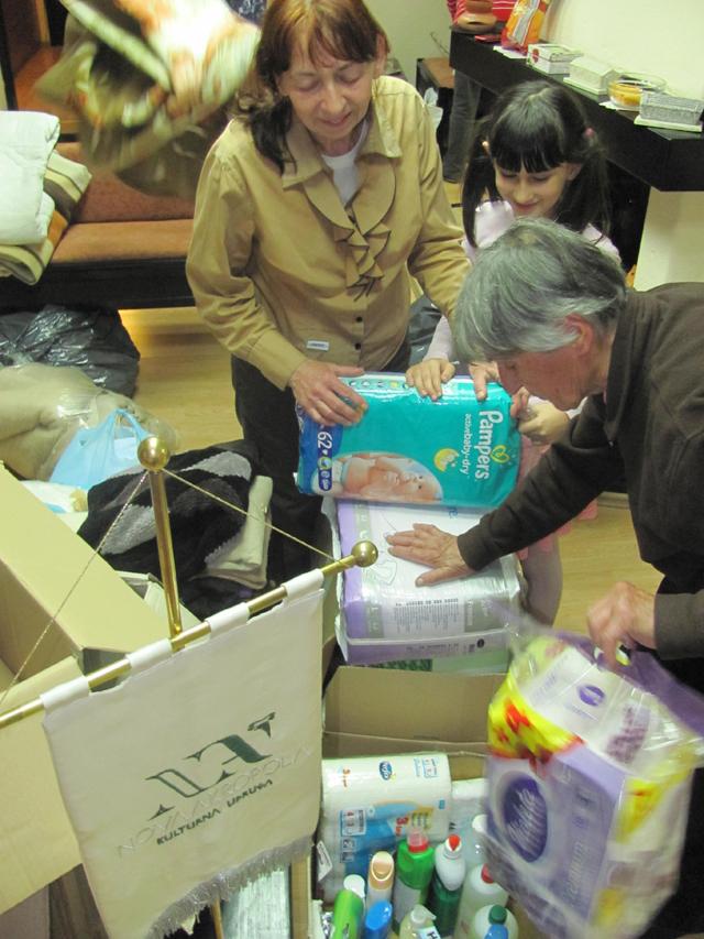 nova-akropola-volonterstvo-pomoc-poplavljenim-podrucjima-1